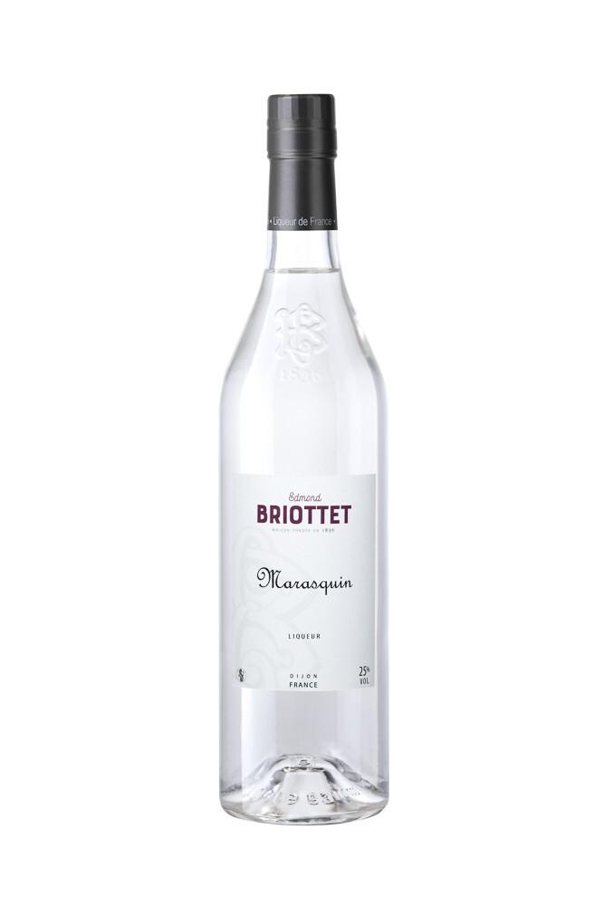 Briottet Liqueur de marasquin utilisée en cocktails est une liqueur incolore dont l'aromatisation est obtenue principalement par l'emploi du distillat de marasques ou du produit de la macération de cerises dans de l'alcool d'origine agricole.